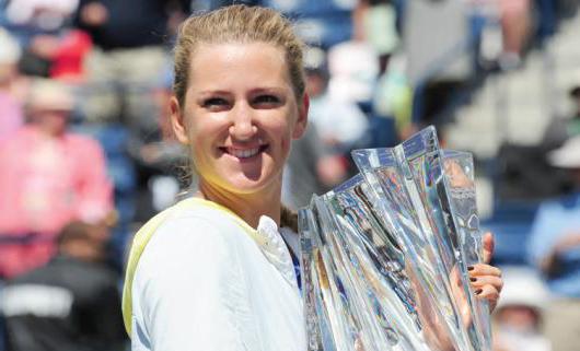 Victoria Azarenka derrotó sin ninguna reserva a Maria Sharapova